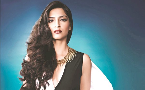 sonam-kapoor-new-wallpapers