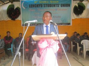 L.Khumo addressing the 41st general session of Lengnyu Students' Union on January 10.