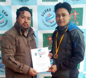 Nripen Rai of Royal Tourniquets receiving the MoM from NBCKYD Chairman Kiran Gurung on Monday.
