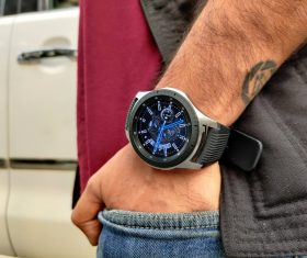 Samsung second in global smartwatch market in Q1, Apple leads