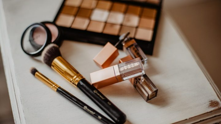 Foundation hacks for a perfect face makeup